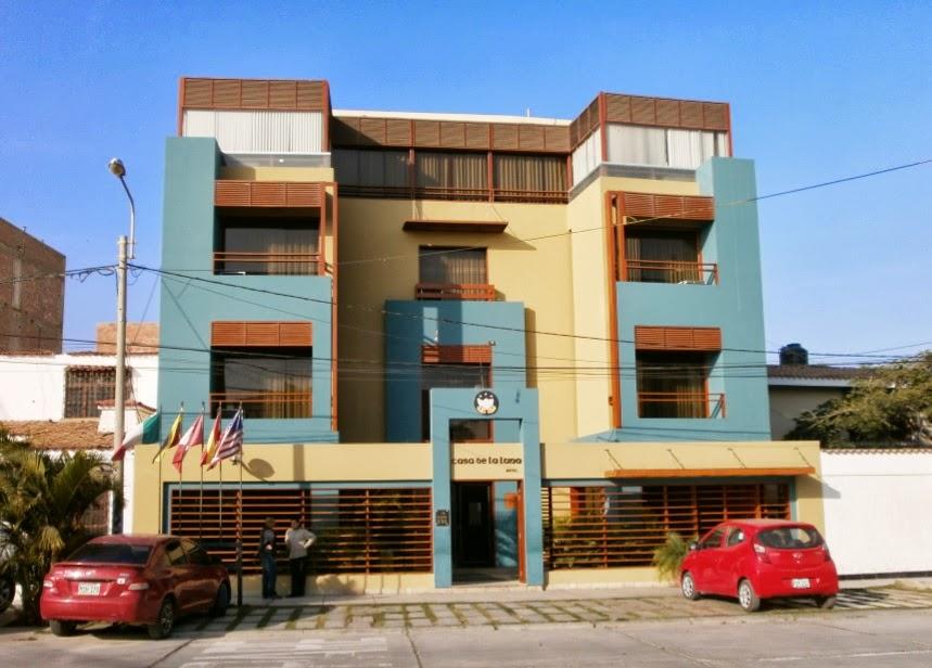 Fachadas y casas fachadas de hoteles en chiclayo - Casa de la luna ...