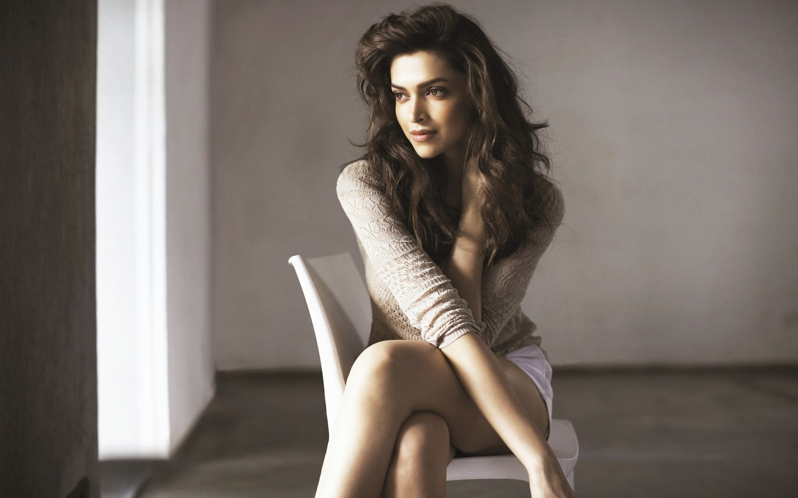Deepika Padukone hot hd wallpapers collection