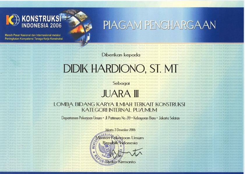 Piagam Penghargaan Juara I dari Menteri PU