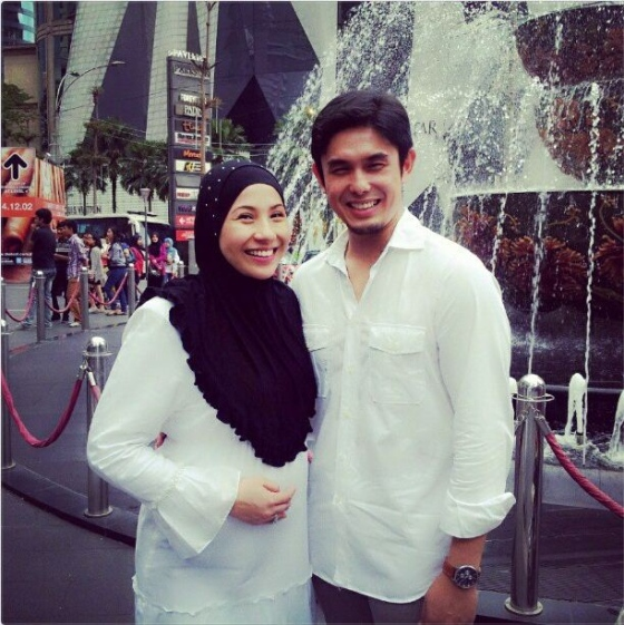 Tahniah, Irma Hasmie Dan Redza Syah Bakal Timang Bayi Lelaki