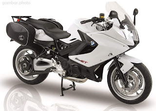 BMW F800GT motorcycle