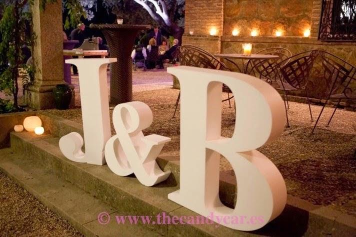 Letras De Decoracion Para Bodas ~ letras gigantes iniciales boda  Preparar tu boda es facilisimo com