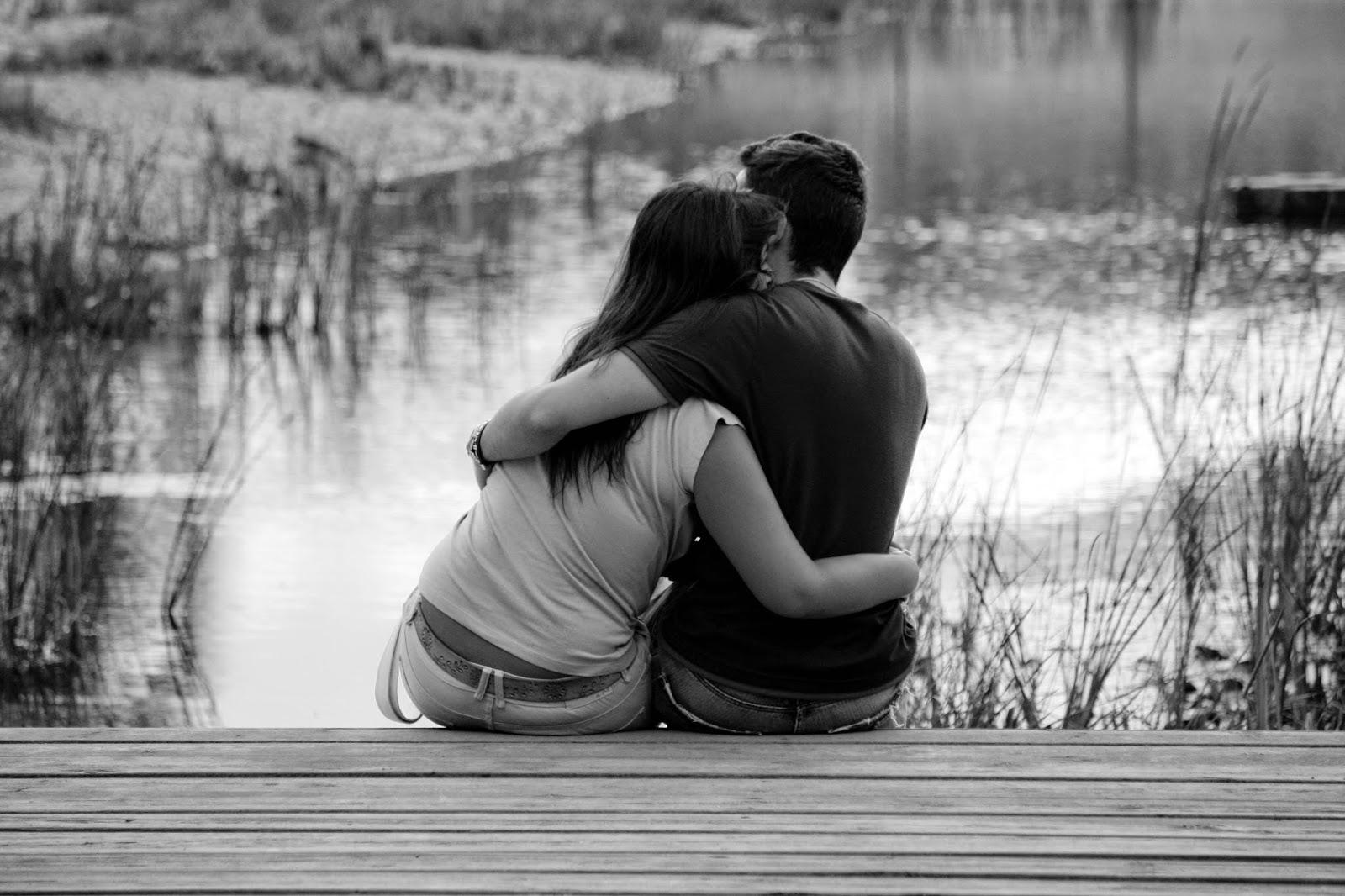 """""""Soy tan feliz a tu lado que a veces pienso que sin tu amor no podra vivir Estar a tu lado me hace sentir que estoy en las nubes Por eso amor mio"""