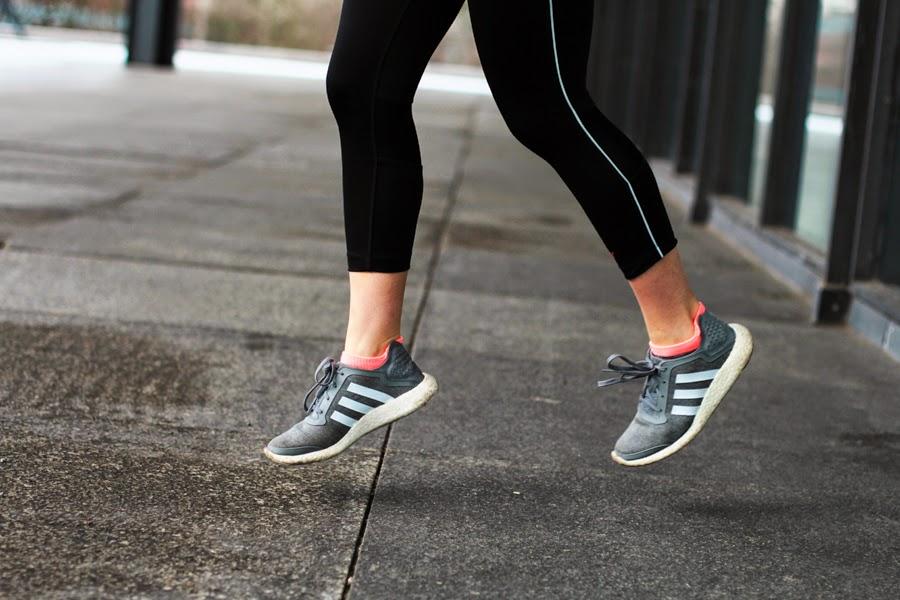adidas boost schuhe laufen rennen hkmx