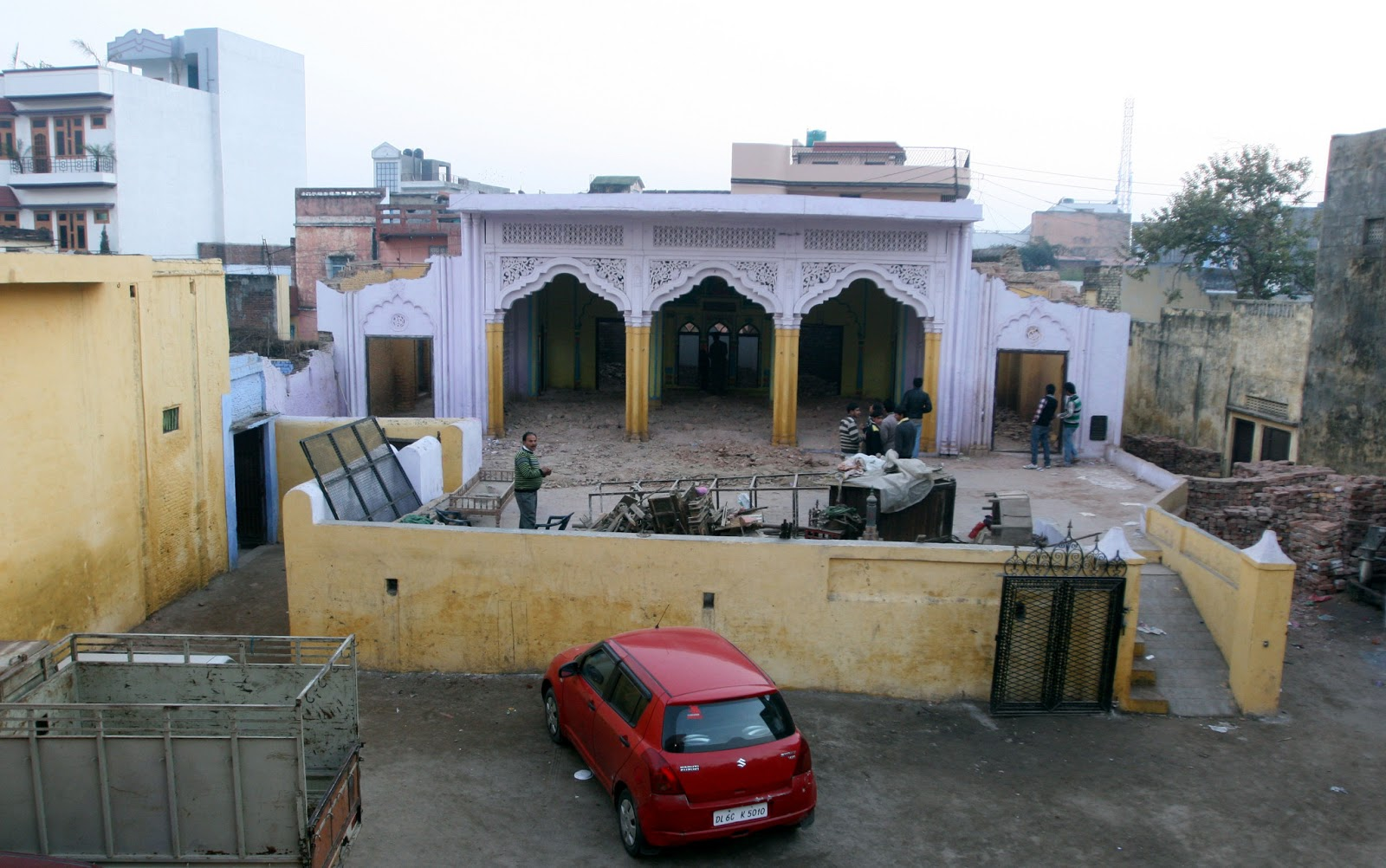 reconstruction progress azakhana akbar ali danishmandan amroha