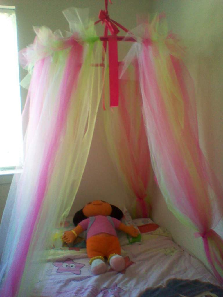 Princess Dazzle How To Make A Tulle Bed Canopy