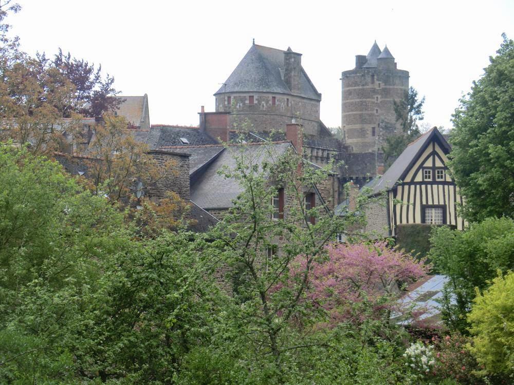 castillo fougères