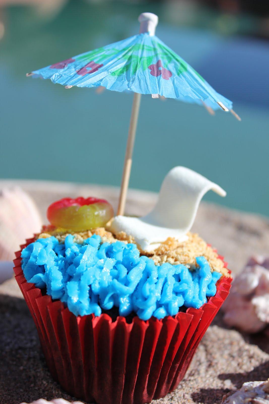Maddycakes Muse: Beach Cupcakes
