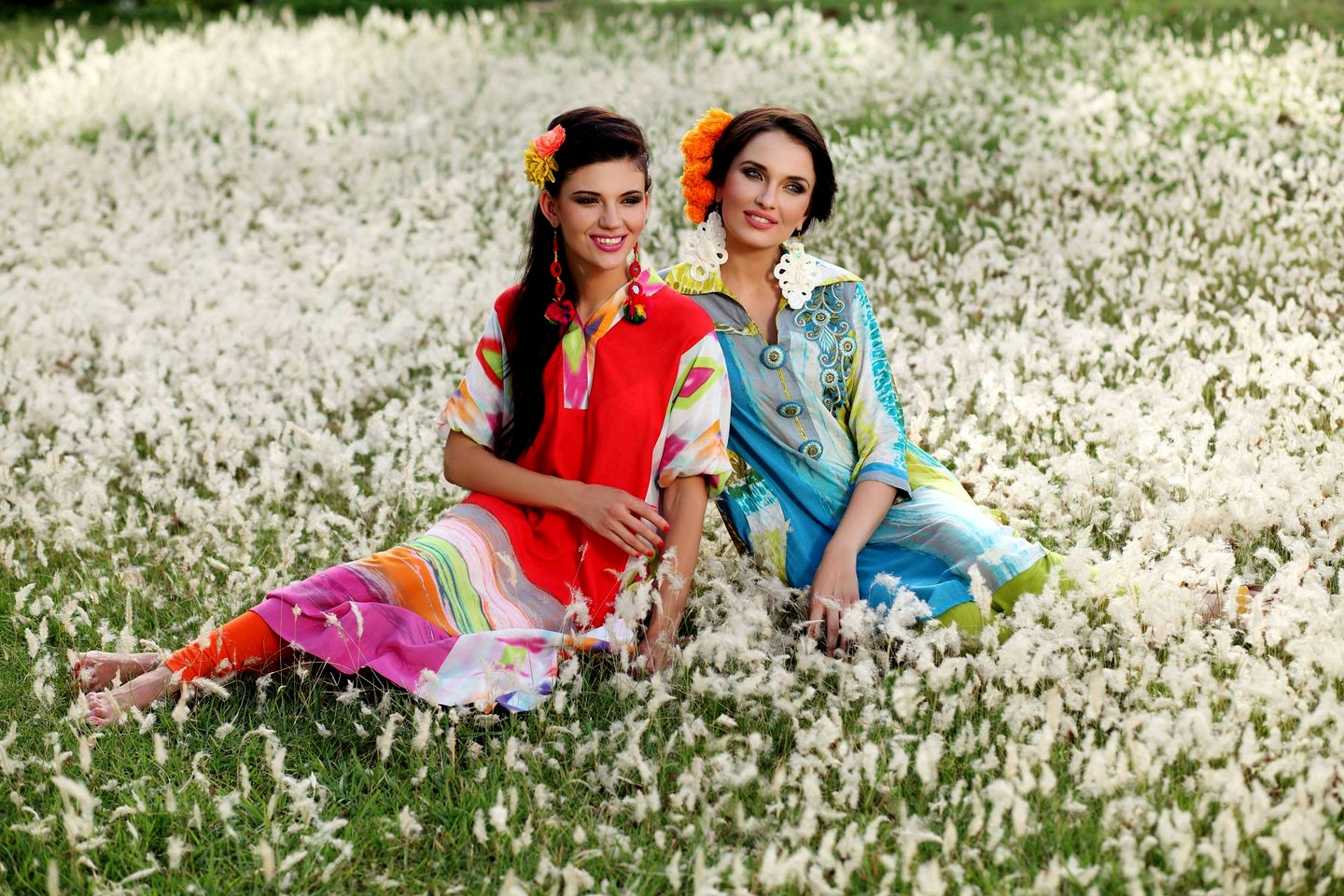 After the great success on Summer Collection, now they are back with Pareesa Lawn Mid-Summer Collection 2013 by. for women.