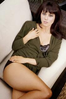 Maxim magazine #70 10/03 Gina Gershon Krista Allen