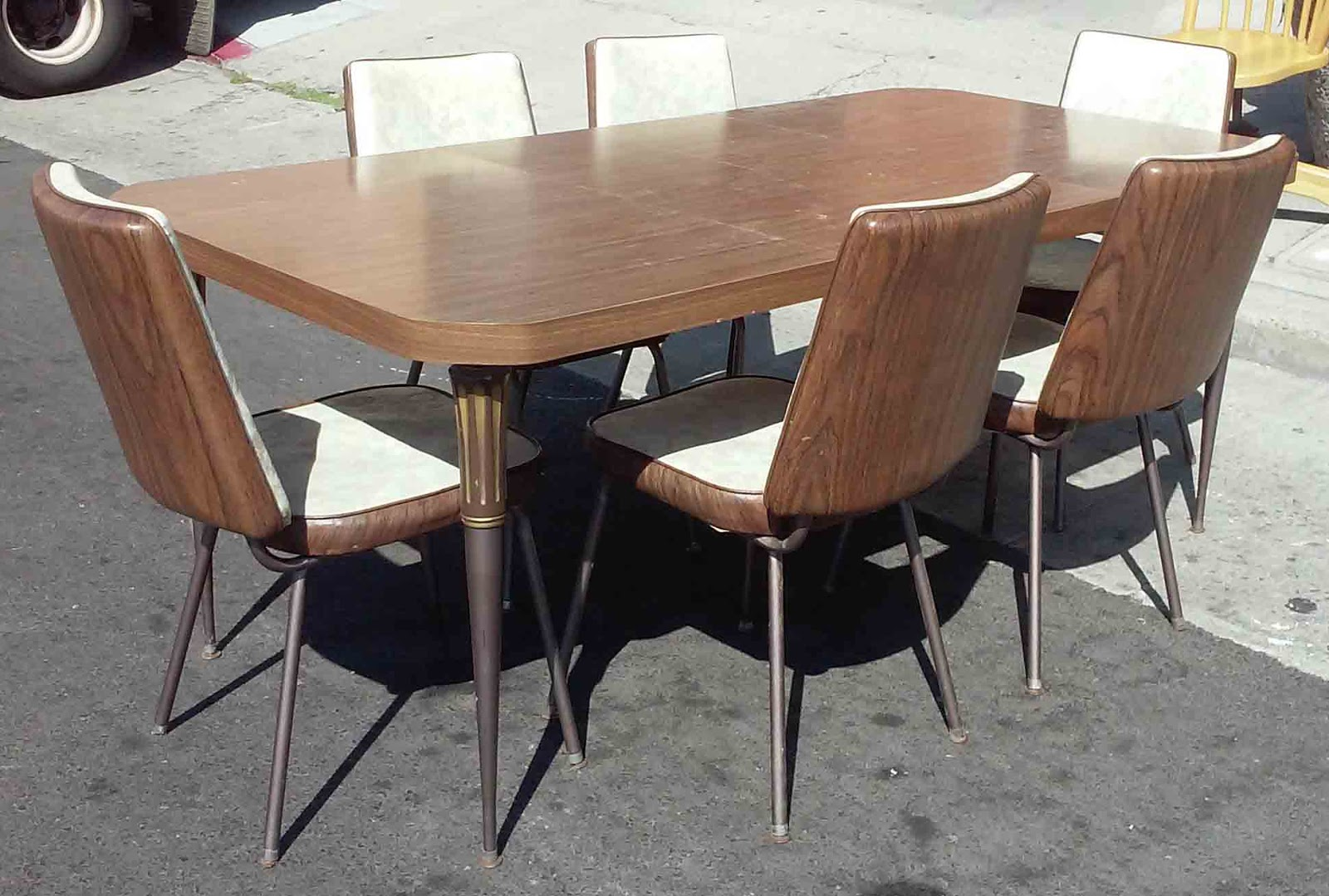Charmant SOLD *REDUCED * 70u0027s Vintage Formica Dining Set: Table, 2 Leaves, 6 Chairs    $50