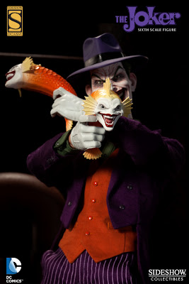 Sideshow Collectibles 1/6 Scale DC Comics Joker figure