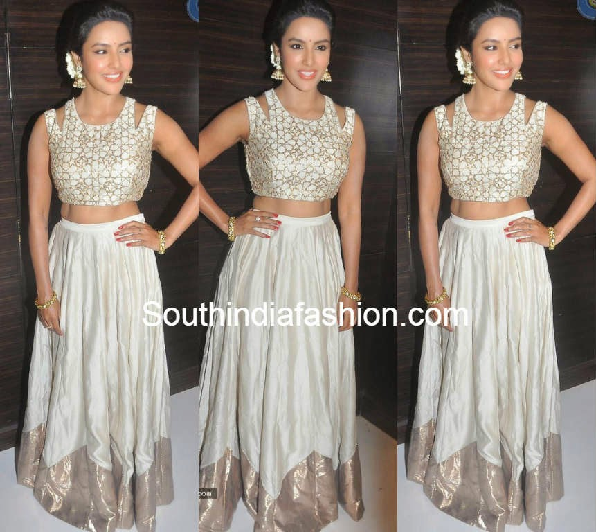 priya anand in payal singhal