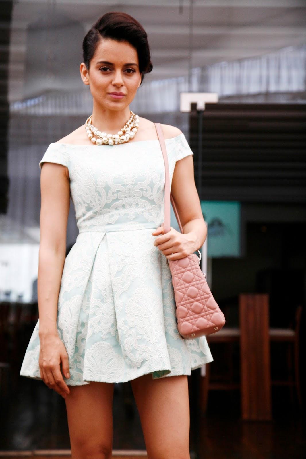 http://4.bp.blogspot.com/-35akiF6zQWA/UislojisW1I/AAAAAAAAbl0/4p2ERkoevew/s1600/Kangana+Ranaut+Launches+Her+Website+(6).JPG