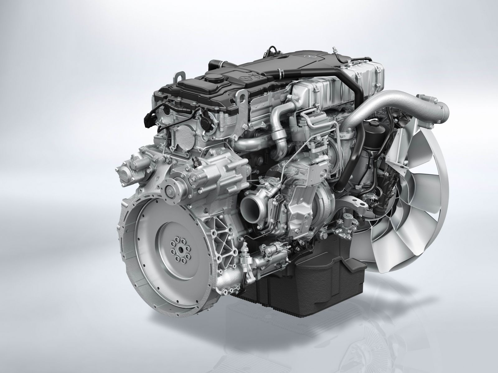 Daily Cars New Medium Duty Engines From Mercedes Benz