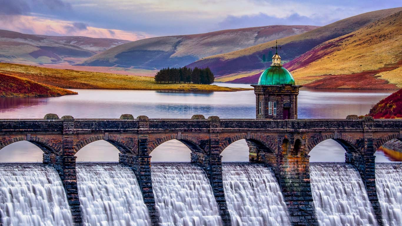 Craig Goch Dam in the Elan Valley, Wales (© Joe Daniel Price/Getty Images) 13