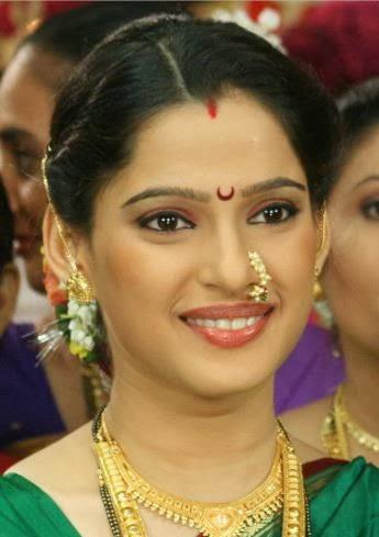 priya bapat images5