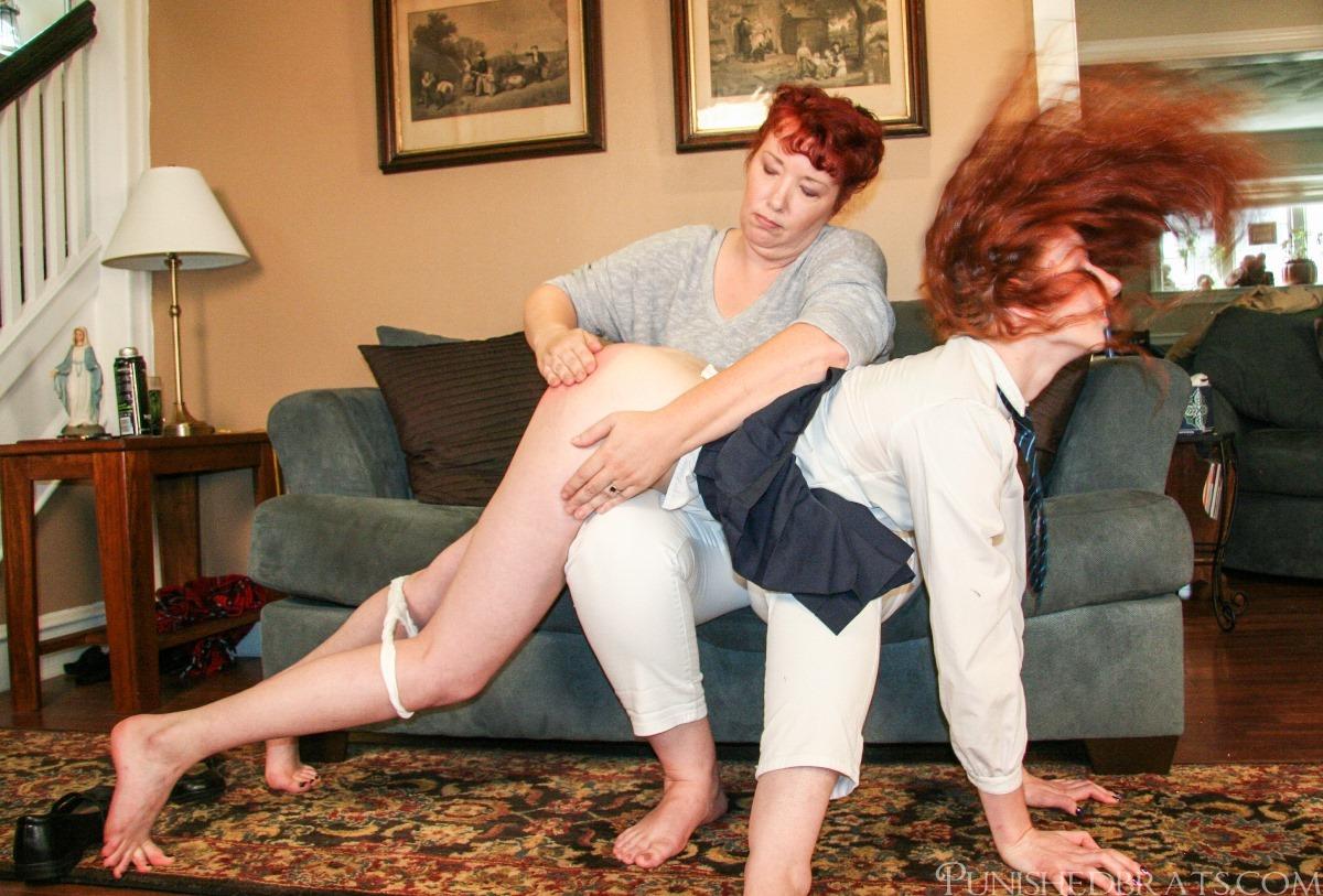 Women who spank men blogs