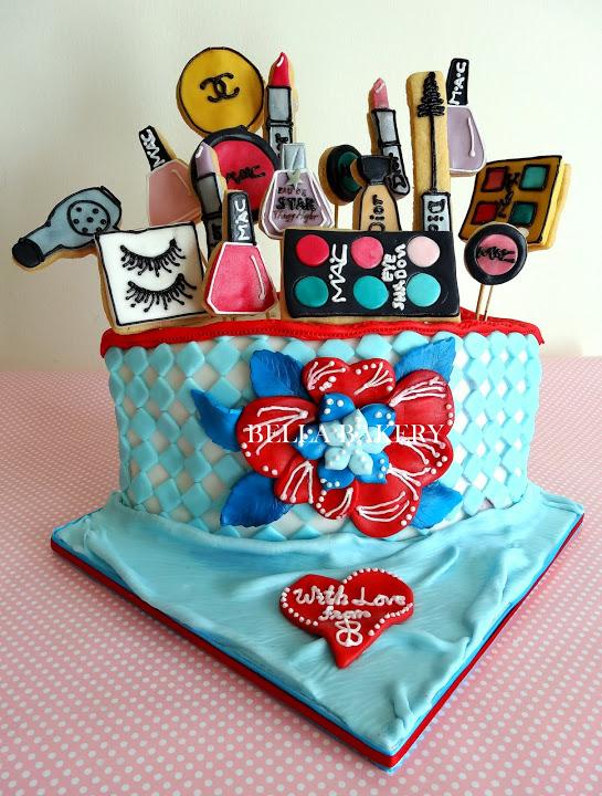 -: MAKEUP THEME CAKE