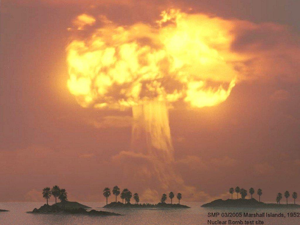 http://4.bp.blogspot.com/-36ClnBDDTng/T_mEY7AYFNI/AAAAAAAAAsU/2y03NwVbMlc/s1600/atom-bombasi_62332.jpg