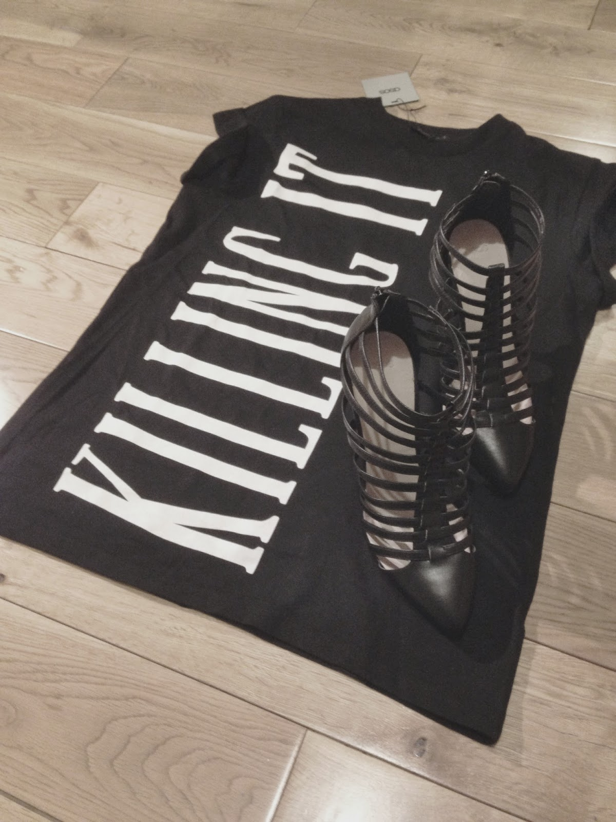 ASOS Tatum Gladiator Pointed Shoe Boot ASOS Killing It T-Shirt