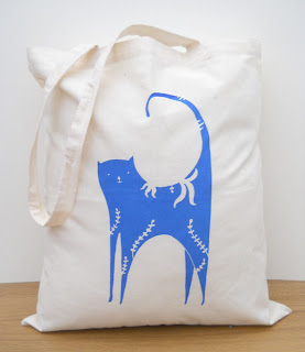 louise wright cat tote bag
