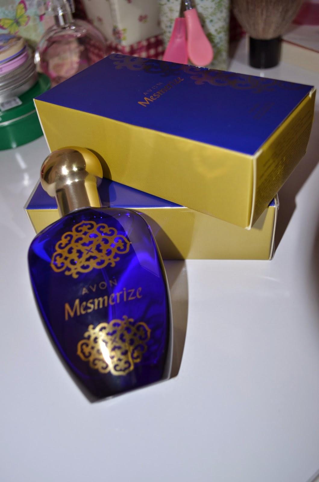 Kivisekeri Avon Mesmerize Parfüm