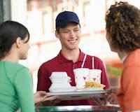 Cara Diet dengan Menghindari Makan di Restoran