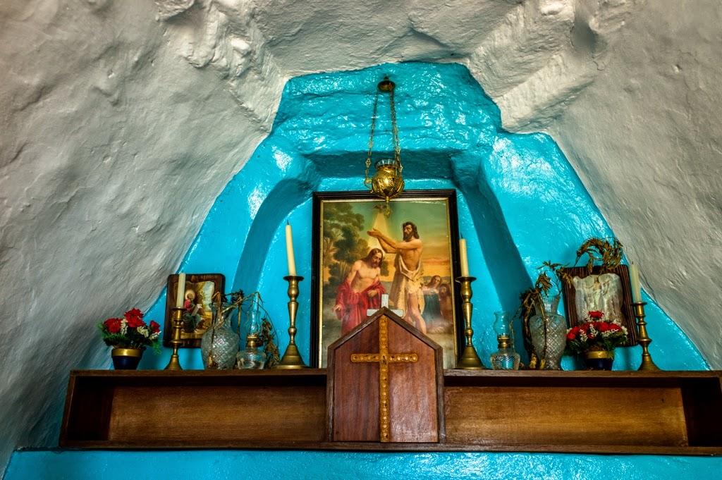 ekthesi-fotografias-tou-platona-rivelli-ta-katholika-ksoklisia-tis-syrou