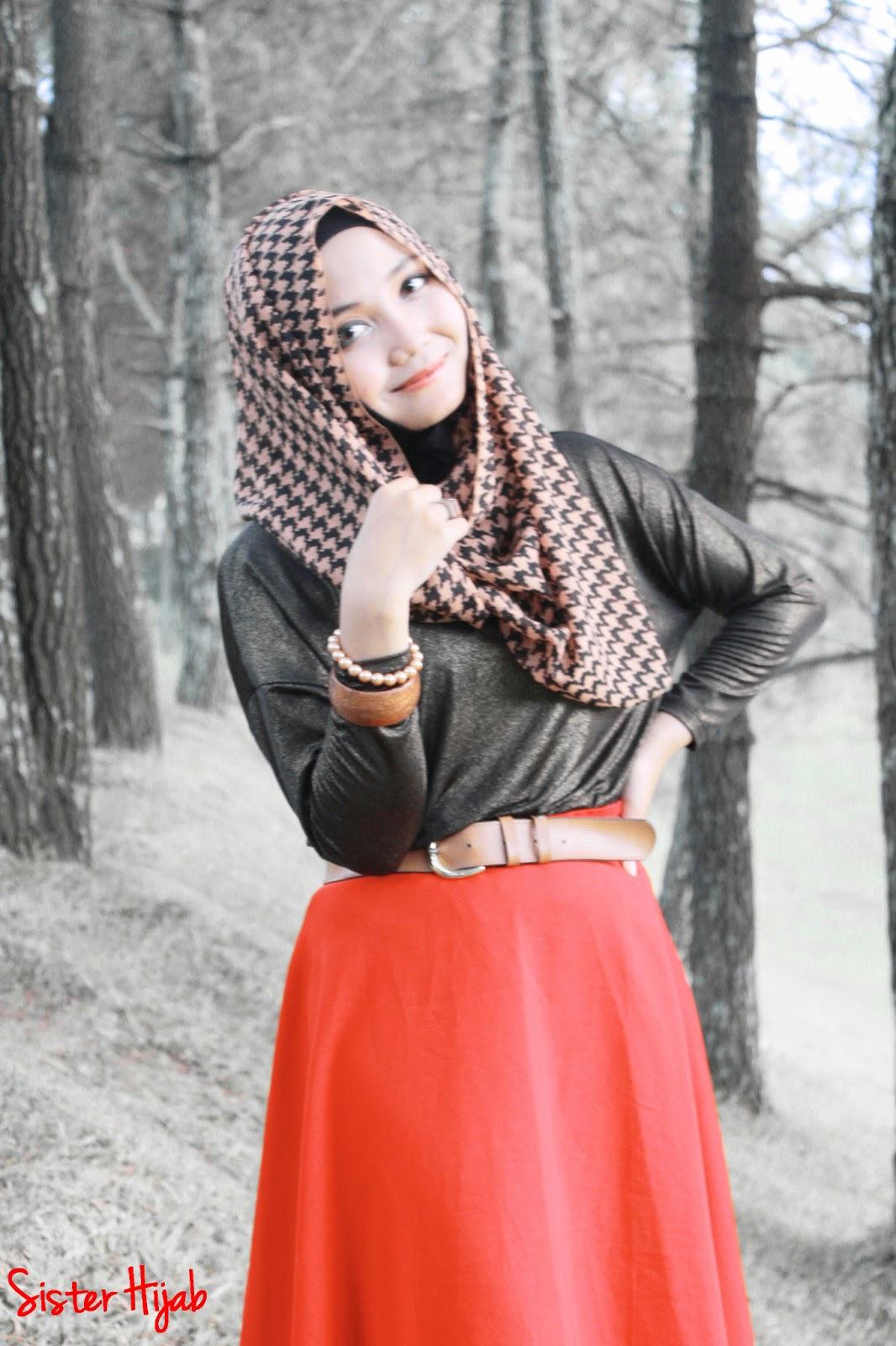 Sister Hijab Style Inspiration Scarlet Alert