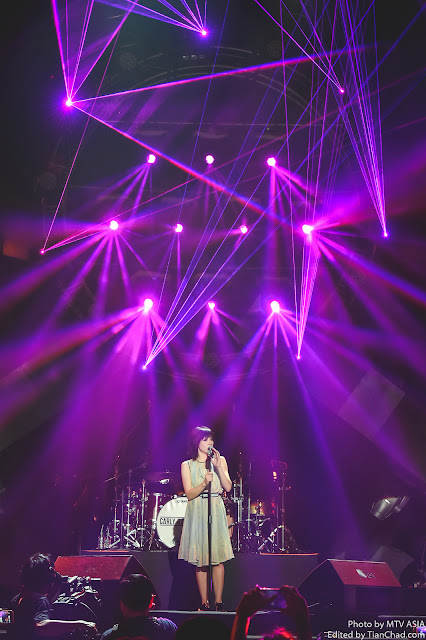 Carly Rae Jepsen performing at MTV World Stage Malaysia 2015 on 12 Sep Pic 4 (Credit - MTV Asia & Kristian Dowling)
