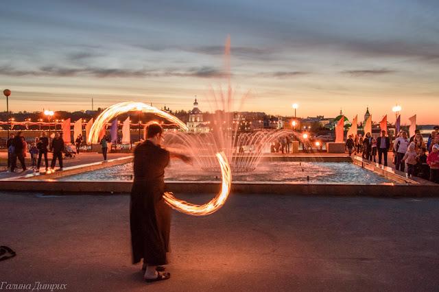 Путешествия: О жизни: Альбом пользователя GalaDietrih: Огненное шоу на Заливе в Чебоксарах