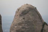 Historia de una Pedra, Gorro Frigi.