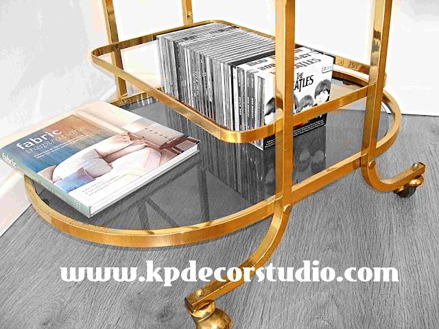 """alt=Comprar_regalo_original_Valencia_vintage_mesa_de_latón_camarera_antigua_años_50_table_en_laiton_messing_tisch_meubles_anciens_boitier_minibar"""""""