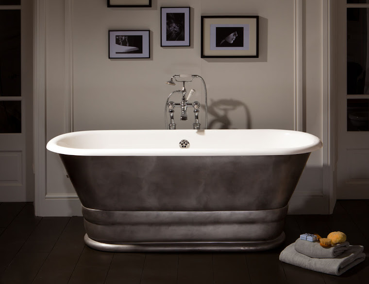 Geminus Plinth Free Standing Bath