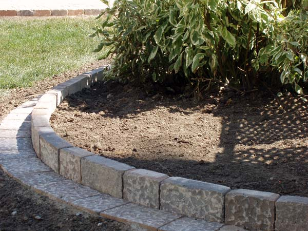 Landscaping With Pavers For Edging : Barrier zipper galleries paver edging