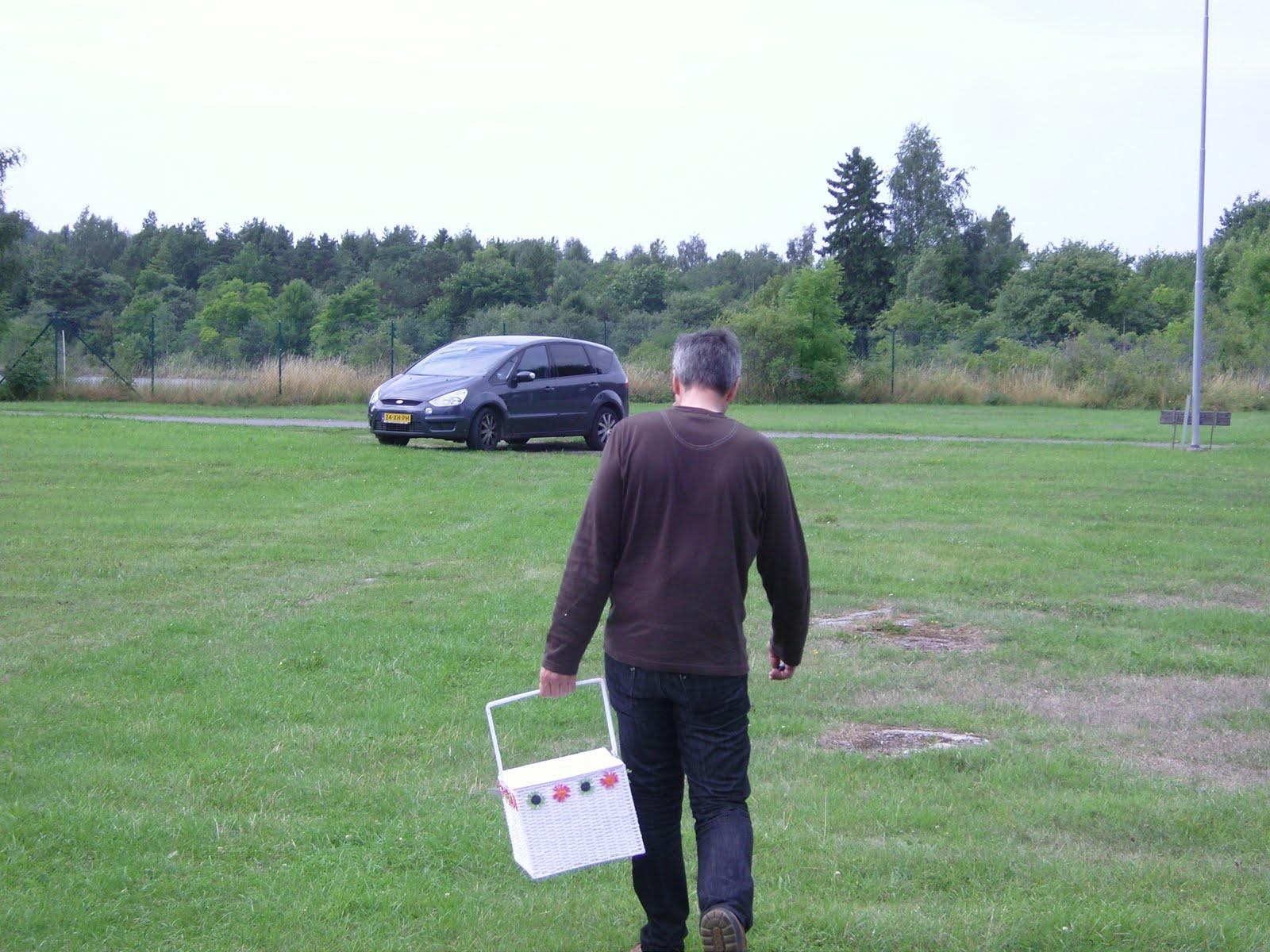 Hoofdzaken.: juni 2011