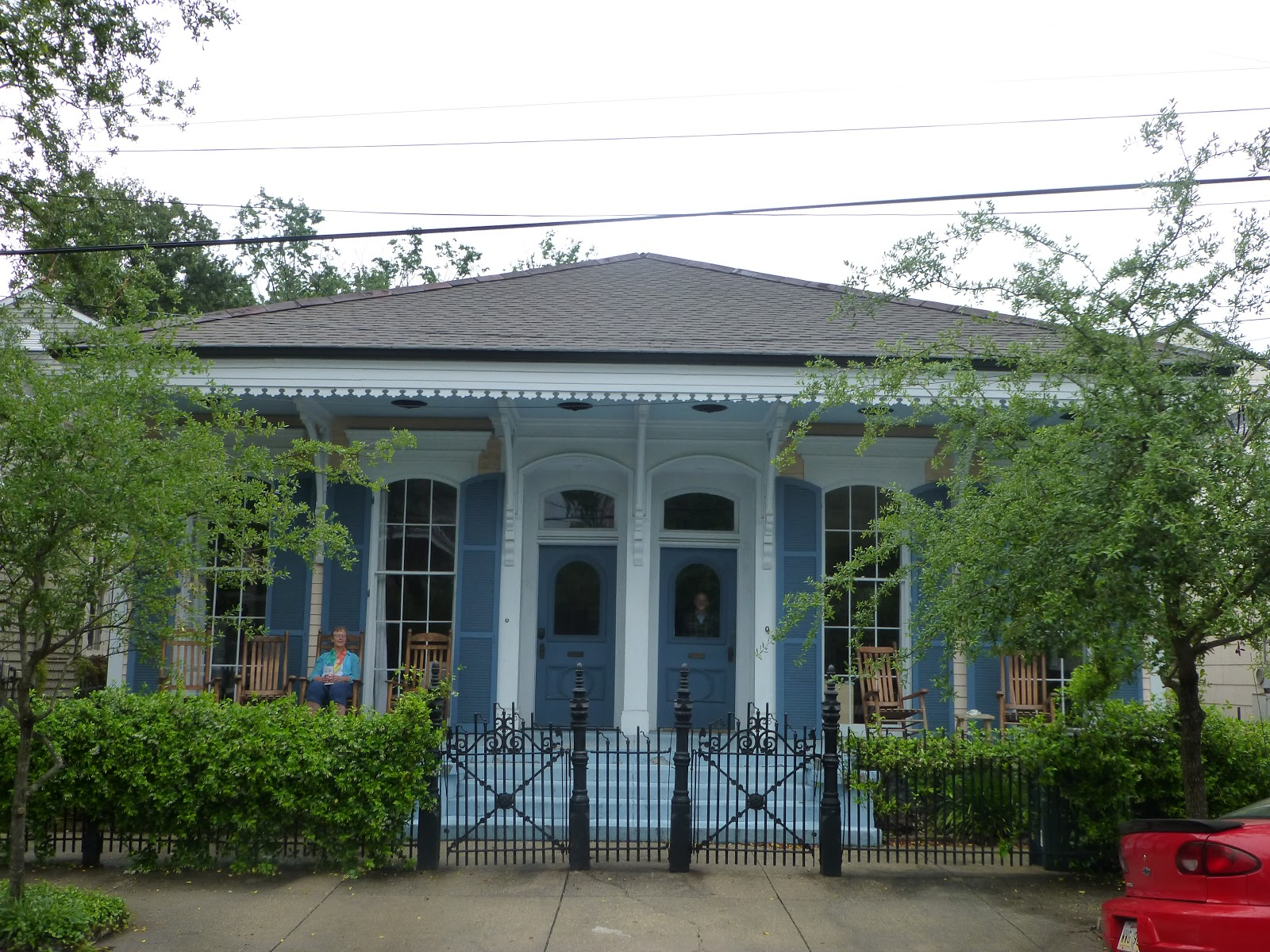 Our Friends Live In The Garden District, One Of The Oldest And Most  Beautiful Neighborhoods, Easily Accessible By Streetcar (and On Bike Or  Foot) From ...