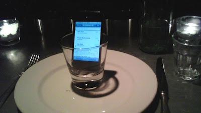 perkuat sinyal BB dan iphone