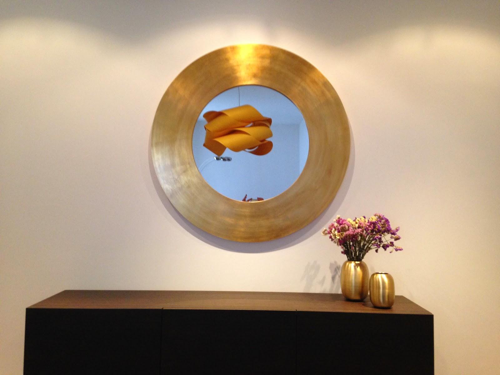 marco para espejos circular en pan de oro