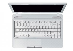 Spesifikasi notebook toshiba satellite L7351006UW