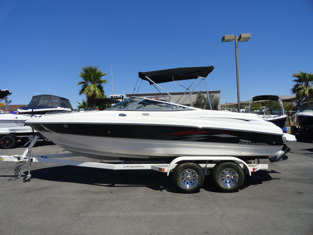 2004 Chaparral 210 SSi! Super clean boat! A must see!