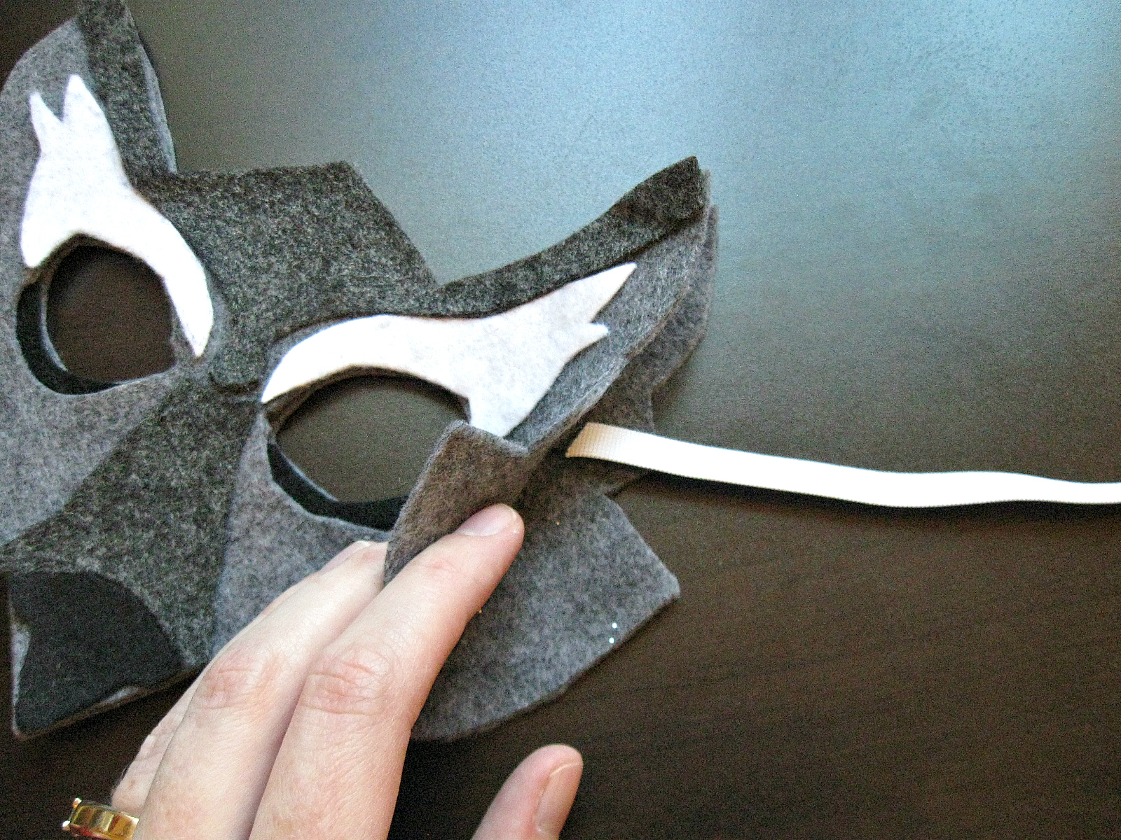how to cut eye holes in a mask