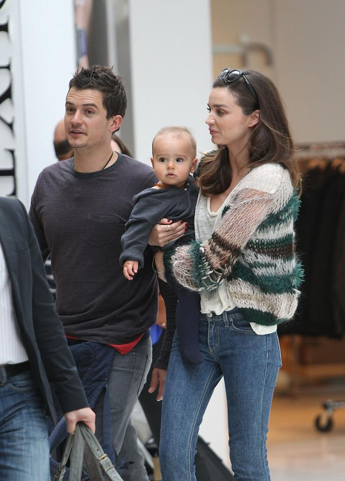 Miranda Kerr, Orlando Bloom & Flynn at Sydney Airport, December 22