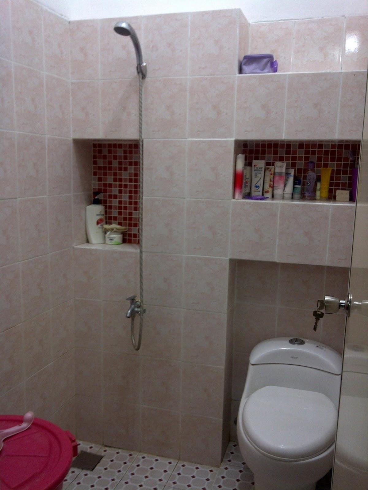 kalian semua pada ingin tau contoh desain minimalist buat kamar mandi ...