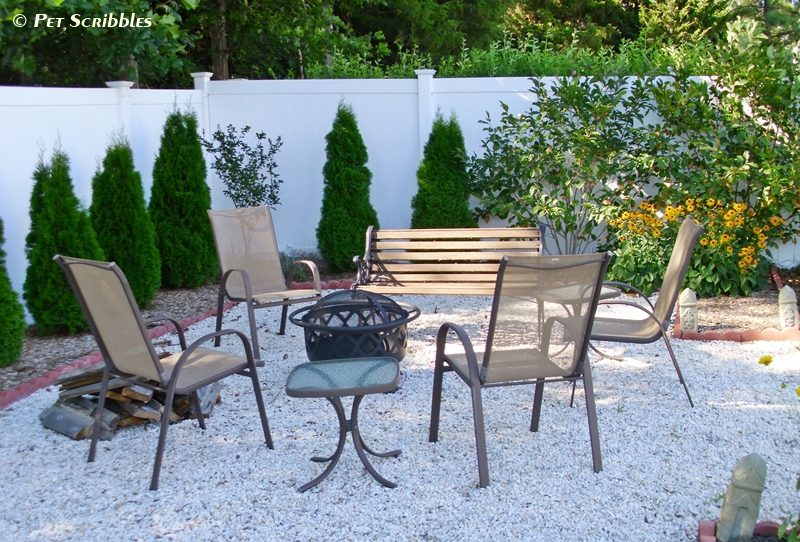 Our DIY backyard firepit area | Pet Scribbles