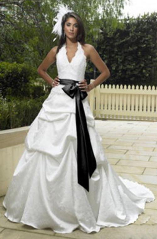 Elegant White Wedding Dress Designs With Ribbon Decoration - Wedding ...