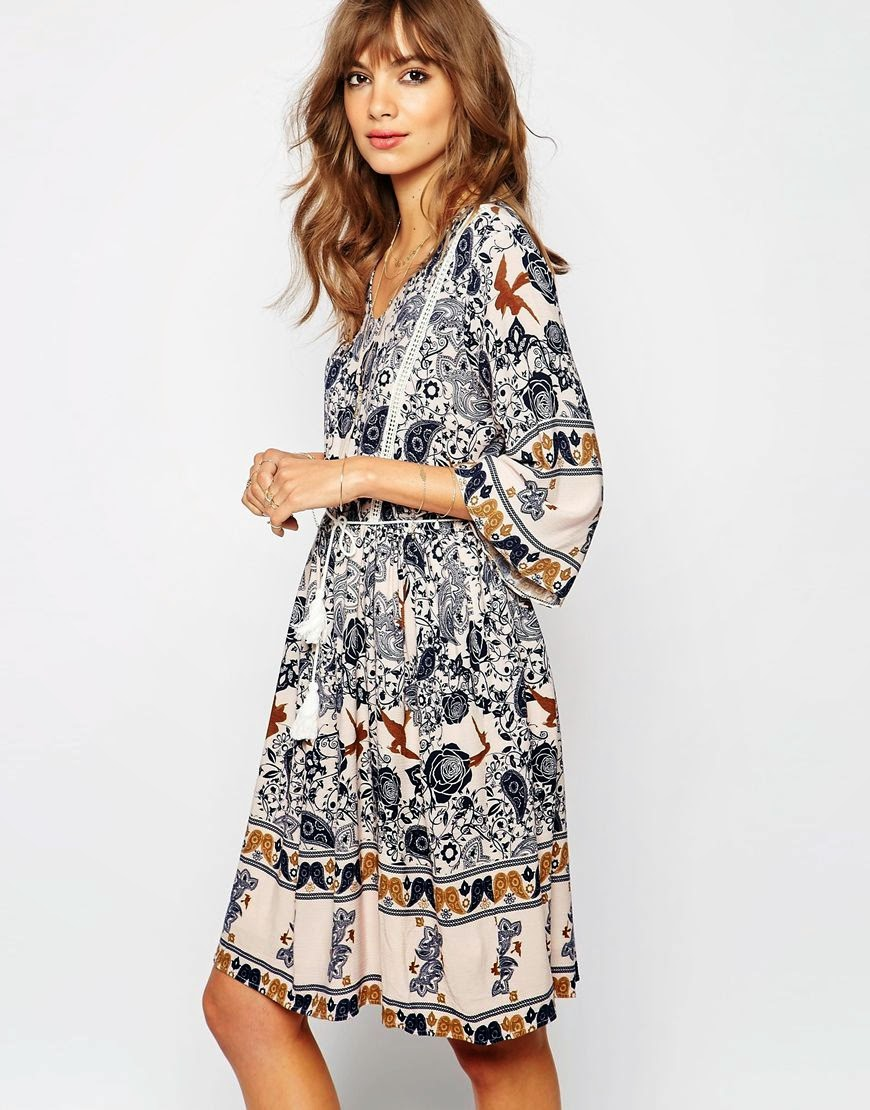 folk print dress,