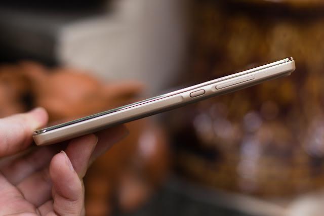 Canh-ben-Huawei-Honor-4C