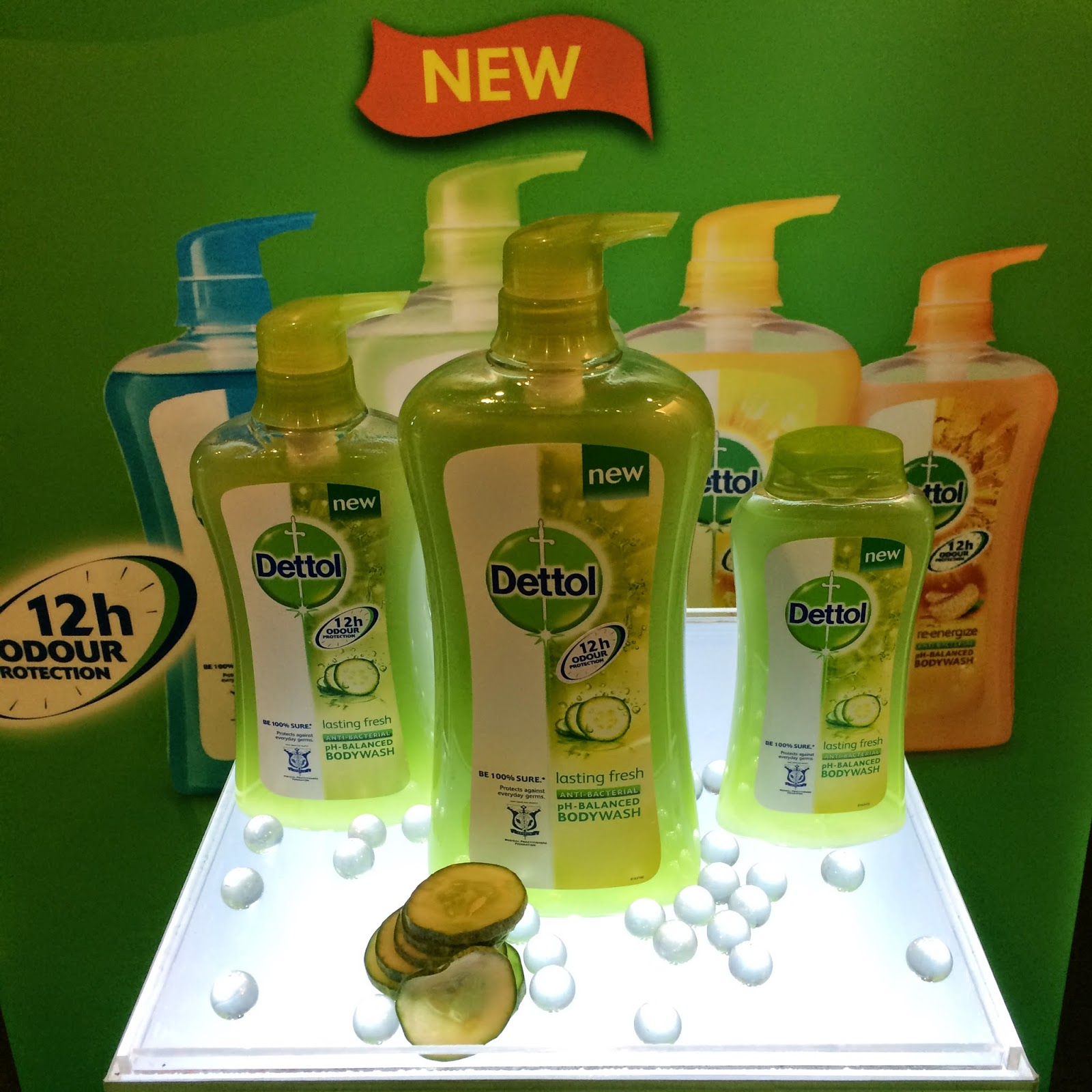 Body Wash yang dirumus khas untuk mencegah bakteria dan mengekalkan keharuman sehingga 12 jam perlindungan Untuk produk terbaru Dettol ini ianya